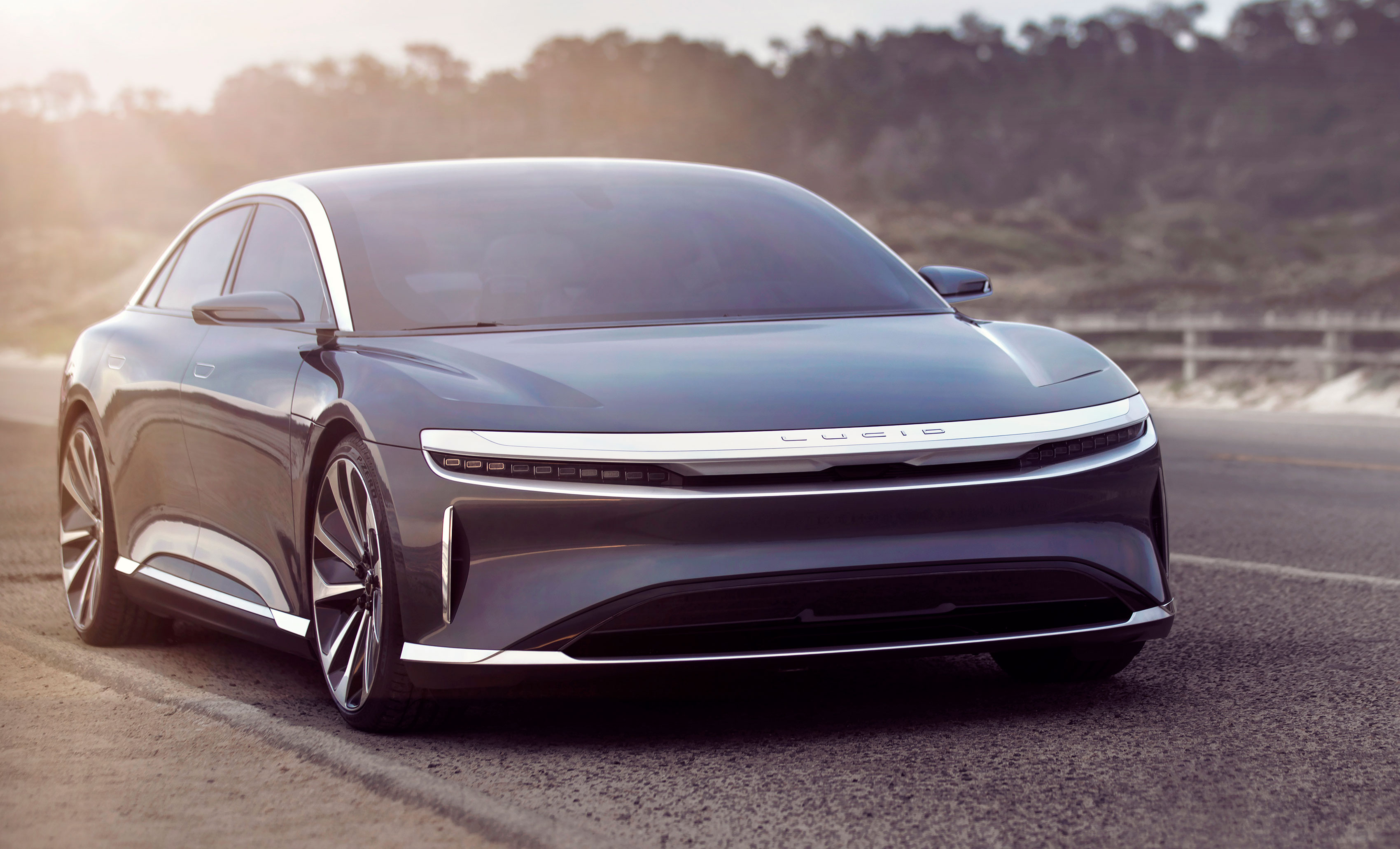 Lucid Air, vista frontale
